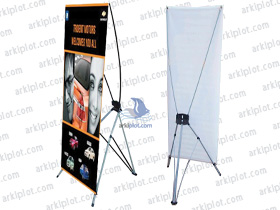 Expositores y Display - X-Banner
